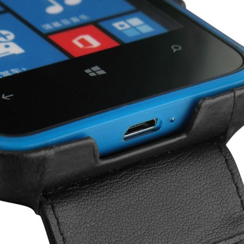 Housse cuir Nokia Lumia 620
